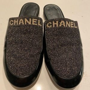 Chanel mules/slides